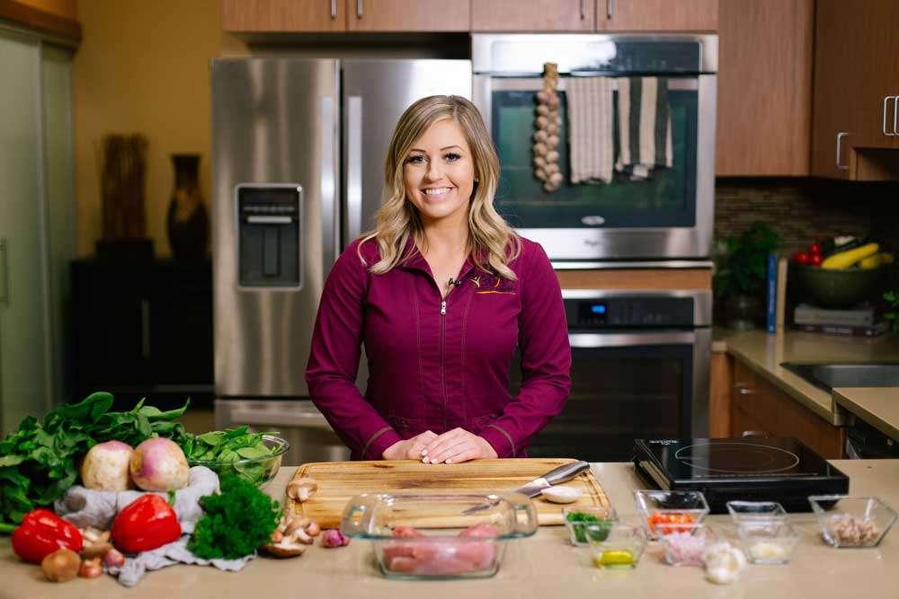 Samantha cooks at Weightloss in AZ